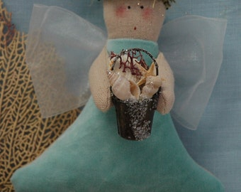 Folk Art Beachcomber Angel (CA-54-MINI-BC)