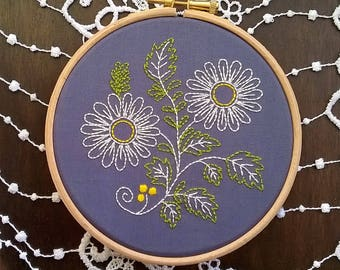 Embroidery KIT - Embroidery pattern - embroidery hoop art - Marguerites - Traditional embroidery kit