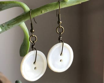Vintage Mother of Pearl Button Earrings / Flat