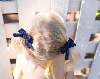 Handtied bows / crushed velvet bow / velvet / small bows