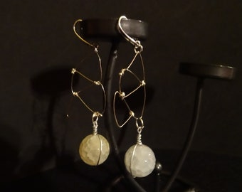 Earrings with hard stones