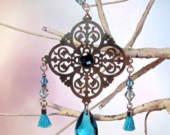 Christmas Ornament, Aqua Crystal, Silver Filigree, 1S-55
