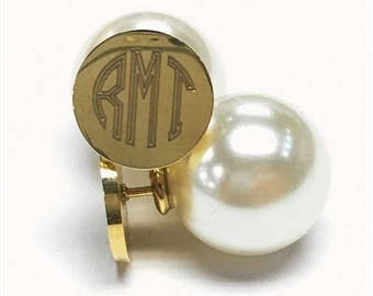 Monogram Earrings - personalized - bridesmaid gift - Christmas gift - wedding gift - mother's day - pearl - round - fashion jewelry