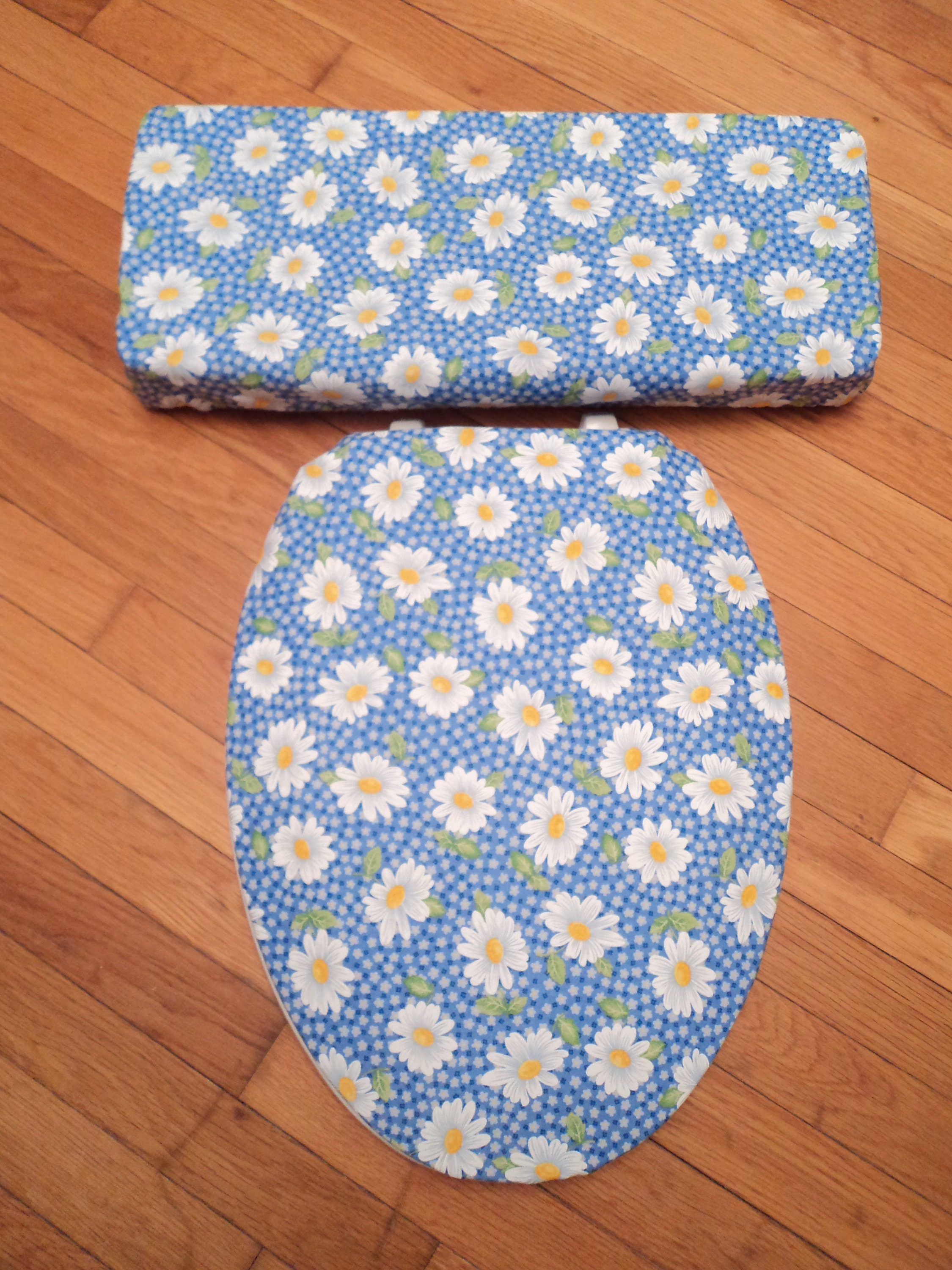 Daisy Toilet Seat Cover Set