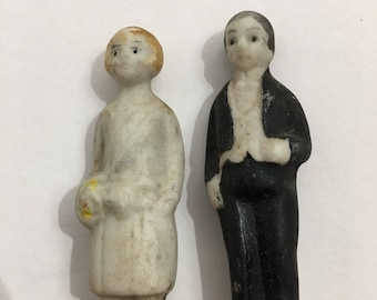 1910 Bride and Groom cake toppers
