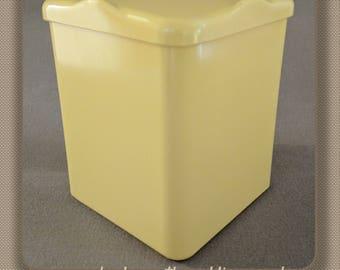 Bandalasta 98 Fiesta Bakelite tea caddy yellow retro kitchenalia British made