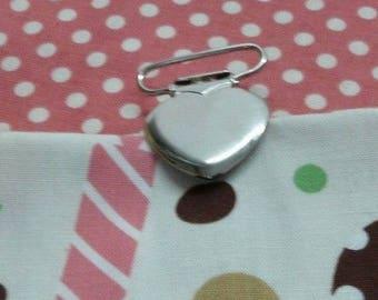 heart metal pacifier clip