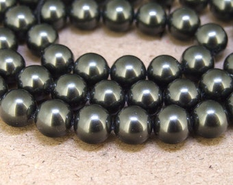 "8mm High Luster Black South Seashell Pearl beads Round Shell Pearl Full One Strand 15.5"" in length 48beads Per Strand LB1029"