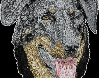 Beauceron - Embroidery, patch with the image of a pedigree dog.