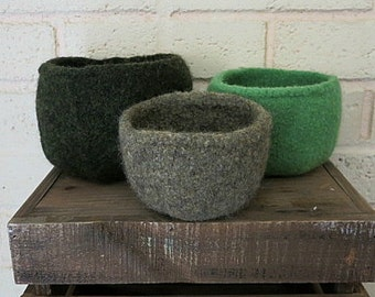 Felted Bowls - Nesting Bowl Set - Hand Knit Wool Bowls -  Knit Felted Vessels - Green and Gray Bowl Set - Dark Forest
