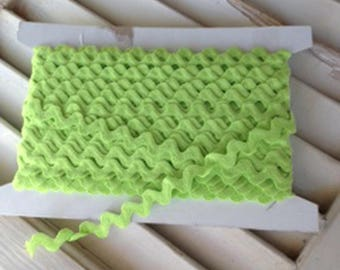 Ric Rac Lime Green 3/4 Inch Trim - 1 Yard