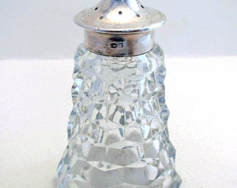 Early 20th-century (1920) Solid Sterling SILVER Top Lidded & Diamond Cut Glass Pepper Pot. Antique/Vintage