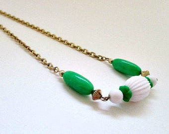 Avon Come Summer Vintage Necklace / Green White Bead Necklace / 1970's Vintage Avon Jewelry