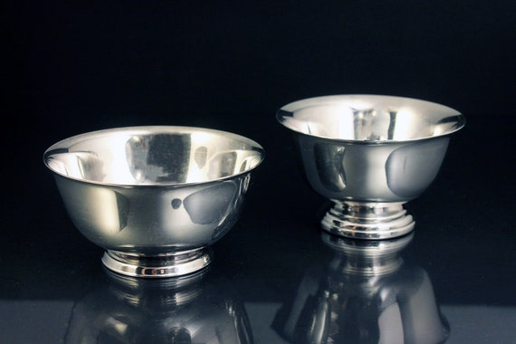 Silver Plated Footed Bowls, Oneida, Wm Rogers, Set of 2, Paul Revere, Reproduction, 4 Inch
