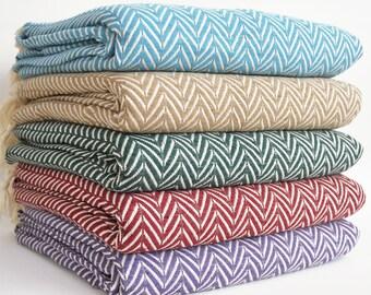 SALE 30 OFF/ Herringbone Blanket / Twin XL / Bedcover, Beach blanket, Sofa throw, Traditional, Tablecloth, Twin blankets
