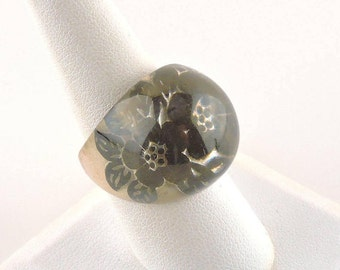 Size 8.5 Clear Dome Ring With Reflective Black Flowers
