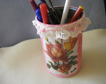 DECOUPAGE pen/pencil holder  (re-purposed can)