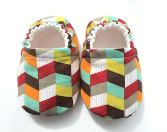 Chevron Baby Booties, Baby Shoes, Baby Slippers, Baby Booties, Baby Moccs, Soft Sole, Baby Gift, Baby Booty