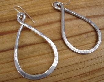 Large Teardrop Big Earrings, Long Teardrop Earrings Big Teardrop Hoop Earrings Hammered Aluminum Jewelry Light Weight Big Hoops Modern Urban