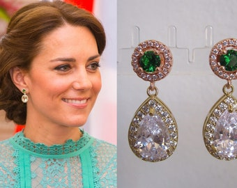 Kate Middleton Duchess of Cambridge Inspired Replikate Tear Drop Gold Emerald Green Clear Crystal Pavé Earrings