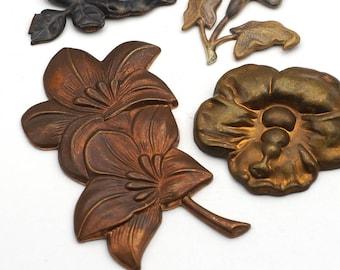 4 pcs assorted brass flower stampings, vintage, asst size