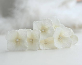 Hydrangea hair clip Wedding hair clip Hydrangea Bridal hair clip Flower Bridal hair pin Wedding hair flower Bridal hair accessories