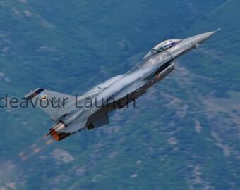 F-16 Viper on Take Off