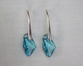 Aquamarine Drop Dangle Earrings. Swarovski Crystal earrings. Drop earrings. Blue earrings. Silver earrings. Gift for her. Wedding jewelry