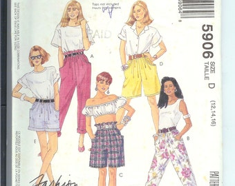 McCalls  PANTS or SHORTS  McCalls Vintage Sewing Pattern 5906   Size Misses  D--12-14-16  Fashion Basics Easy