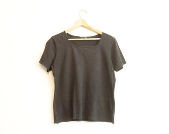 Minimal Faded Black T-shirt square neck