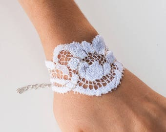Romantic white lace and wire Cuff Bracelet gold