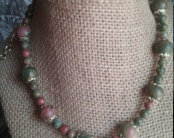Adjustabl Unikite bead necklace