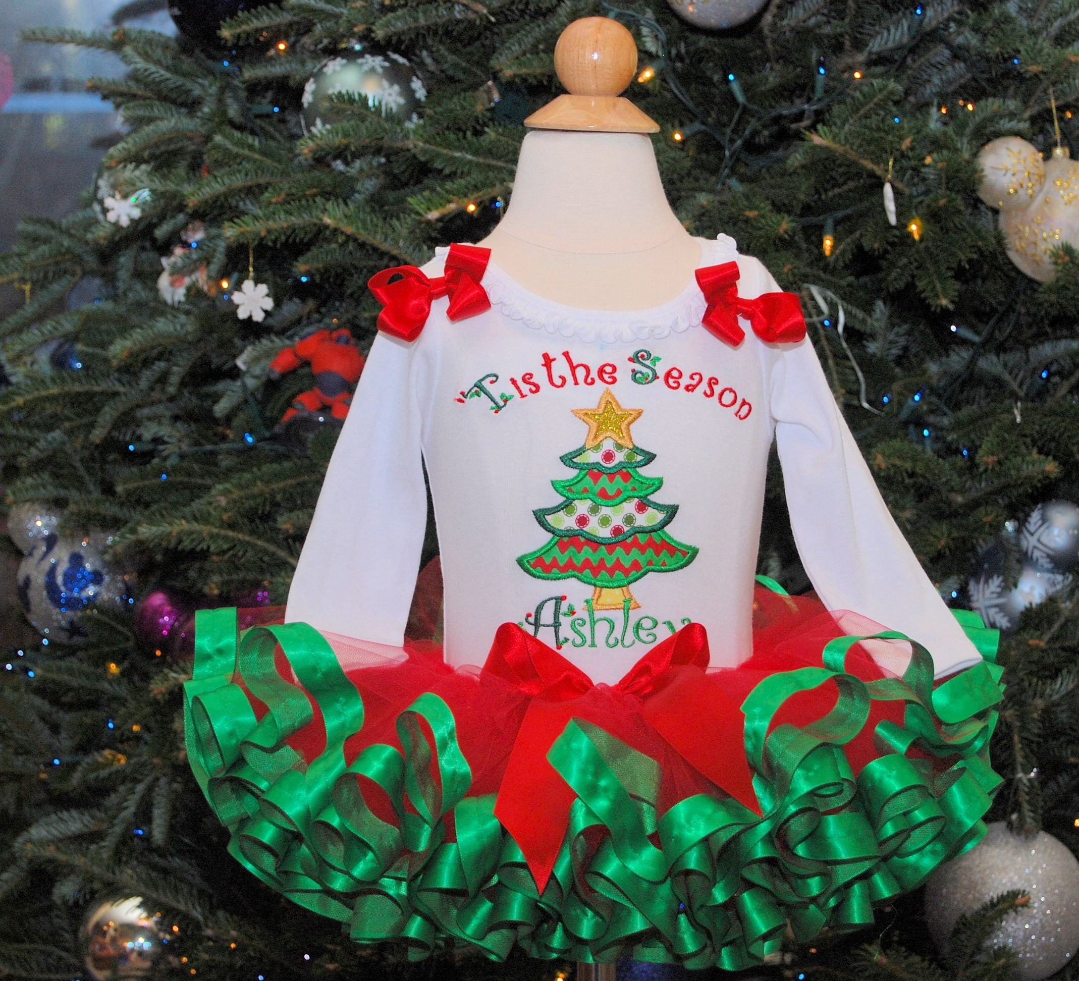 Christmas Tutu Outfits.Christmas Tutu Outfit Holiday Tutu Set Christmas Tree Tutu Christmas Holiday Dress Tis The Season Christmas Outfit Ribbon Trimmed Tutu