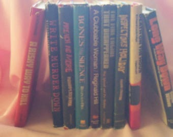 FINAL CLEARANCE - Lot of 9 Hardback Books - Various Authors - Mystery/Thrillers