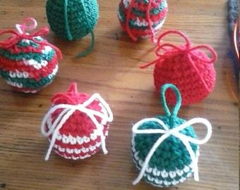 crochet Christmas ball ornaments