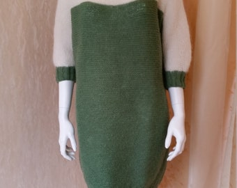 Dress/Knit dress with Dolman sleeves, mohair/silk, size M/l