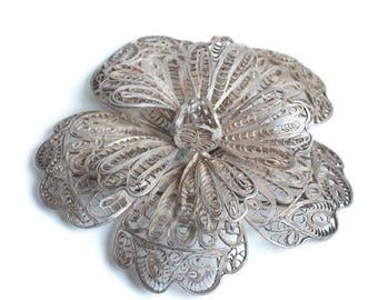 Sterling Silver Filigree Flower Brooch Mexico Dimensional Design Vintage