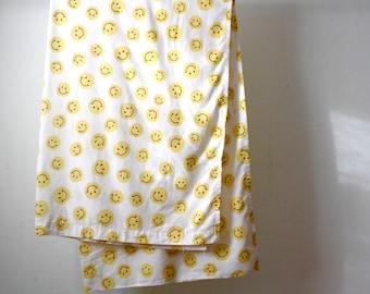 Elegant Vintage SMILEY FACE Thin Soft Bed QUEEN Bed Sheet Vintage Bedding Cover  Sheet