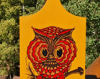 Howard Holt Owl Cutting board Made in Taiwan hand painted