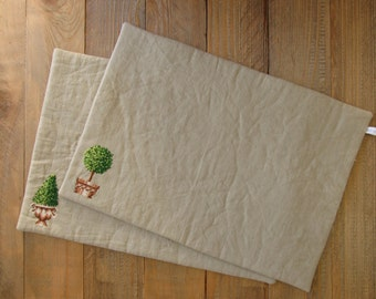 placemat beige gray cotton embroidered by hand box tree mediterranean container plants garden table accessories catch a party