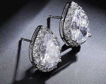 Silver bridesmaids earrings, wedding jewelry, stud earrings, bridesmaid jewelry. Silver earrings