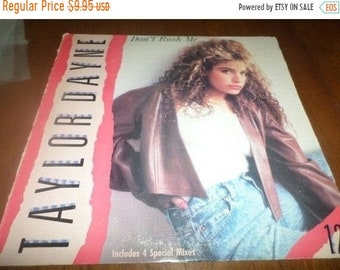 Vintage 1988 Vinyl EP Record Don't Rush Me Taylor Dayne Very Good Condition 3566