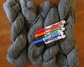 Alpaca Yarn Medium Gray yarn