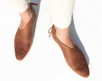Women shoes. Brown leather loafers. Handmade. Asymmetrical oxfords. Pointy toe flats. Slip on flats. Boho shoes.
