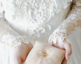 Beige Ring Pillow, Ring Bearer Pillow, Ring Pillow, Wedding Ring Pillow, Ring Bearer, Velvet Pillow, Rustic Wedding, Ring Cushion,Ring Box