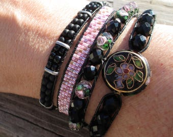 Leather wrap bracelet in black and pink, quadruple wrap, beaded bracelet, perfect Valentine's gift!