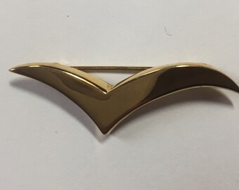 Contemporary Tiffany and Company 18kt Gold Seagull Brooch 45mm small size