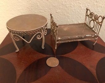 Dollhouse furniture gold metal bed and table