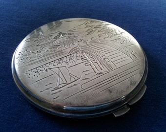 Vintage Sterling Compact, Japanese Engraved Compact