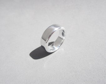 Modern Ring – Contemporary Jewelry – Women's Band